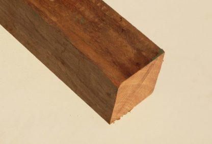 Hardhout fijnbezaagde paal 7,0 x 7,0 cm